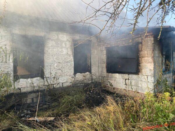 Рятувальники Новомосковська ліквідували пожежу в житловому секторі