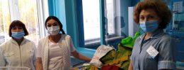 Новомосковский волонтёр передала тёплые вещи для новорождённых из Павлоградского детдома